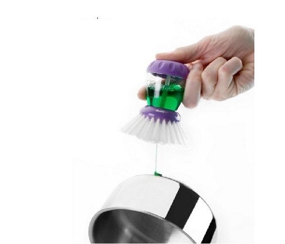 Brosse à vaisselle avec reservoir - OXO