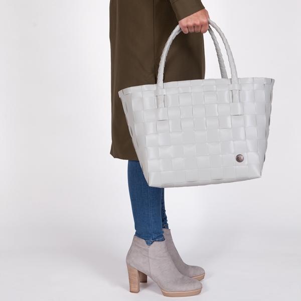 shopper Paris - Handed By