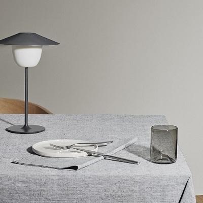 Mobiele Ledlamp M - Blomus
